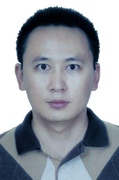 李秋阳证件照111